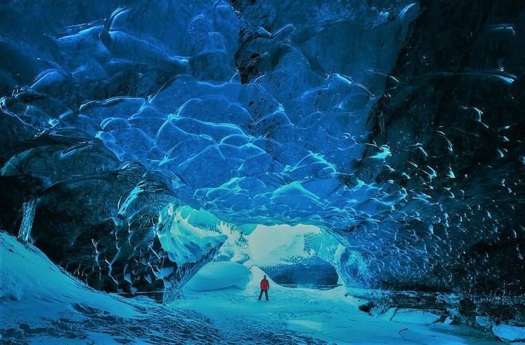 碧山旅行-欣赏鬼斧神工的地貌