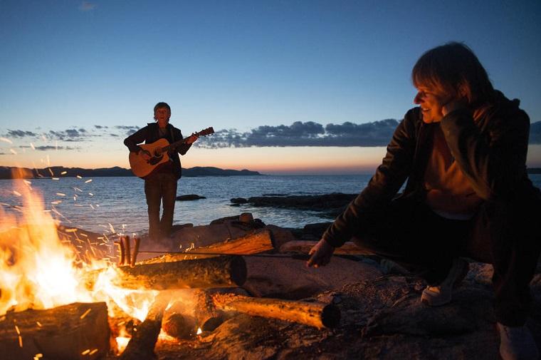 碧山旅行-听说夜晚篝火与音乐更配哦