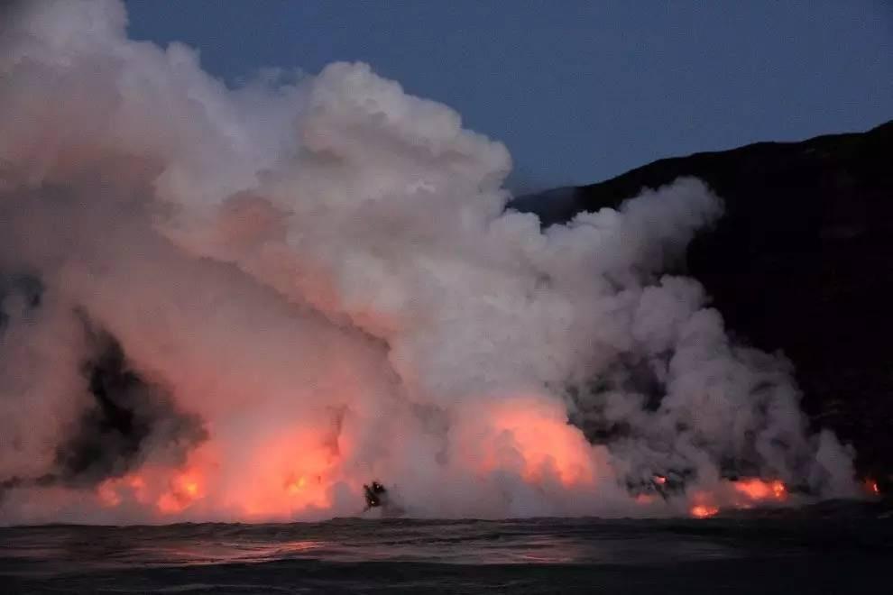 碧山旅行-近距离观察岩浆入海