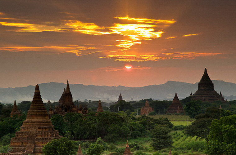 碧山旅行-缅甸旅游-人生中难忘的蒲甘日落