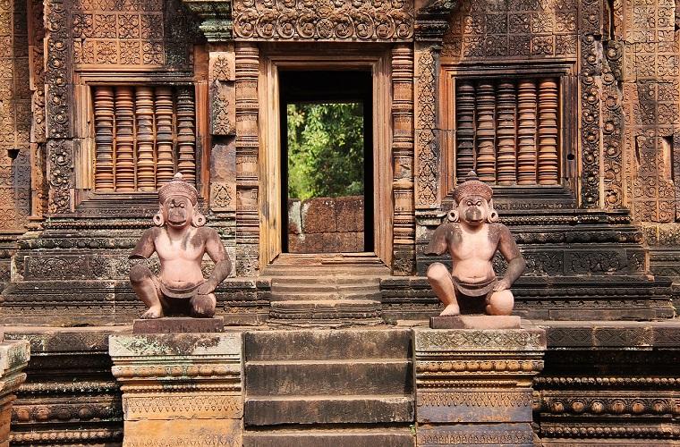 碧山旅行-柬埔寨旅游-女王宫
