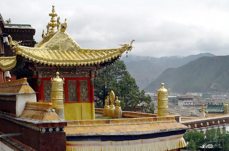 碧山旅行-藏区旅游-游览甘南州以及整个青藏高原最著名的佛教圣地拉卜楞寺