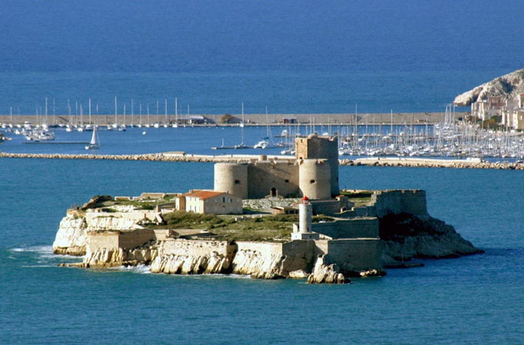 碧山旅行-法国旅游-游览马赛以及伊芙岛