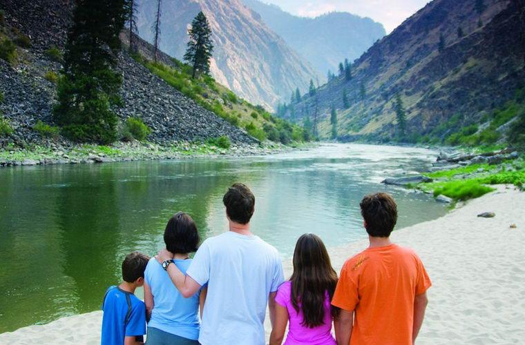 碧山旅行-美国旅游,三文鱼河漂流