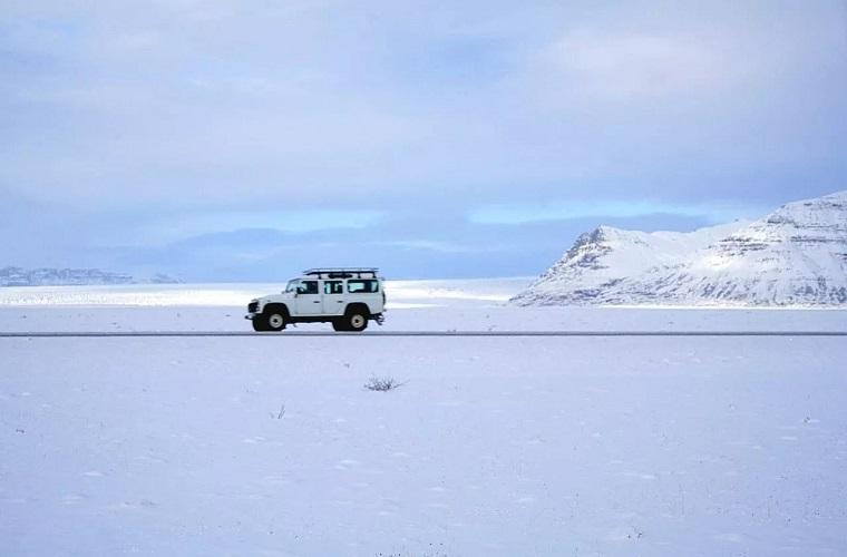 冰岛为了不让你来,一直想要加税……
