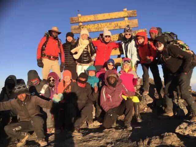 游记 | 我登上了乞力马扎罗的顶峰